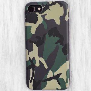 green camo iPhone 7 8 Plus X/XS phone case